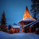 O locuință de poveste pentru sărbători de iarnă pe măsură