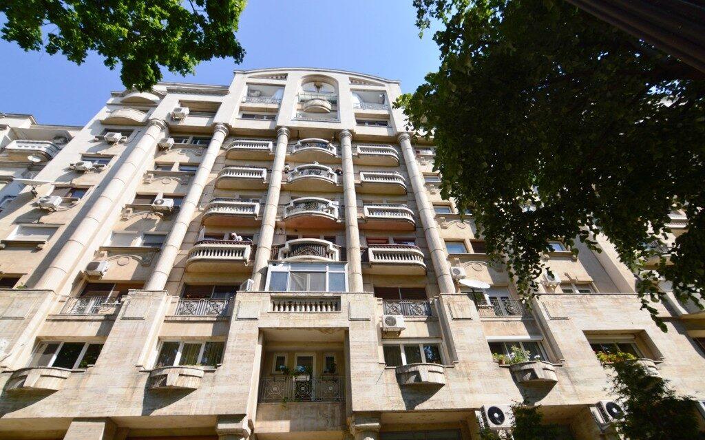 realkom-agentie-imobiliara-unirii-oferta-vanzare-apartament-4-camere-bulevardul-unirii-fantani-5ebba18d7a6bc